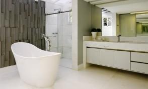 Banheiro dele -  Residência QL14 - Lago Sul